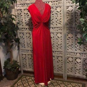 CALVIN KLIEN ELEGANT LADY IN RED (Sz12)